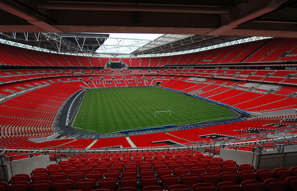 1024px-Wembley_Stadium_interior.jpg